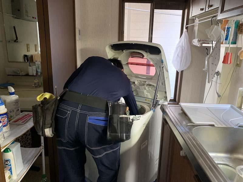 洗濯機分解作業②